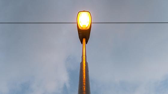 Natriumdampf-Entladungslampe als Strassenbeleuchtung